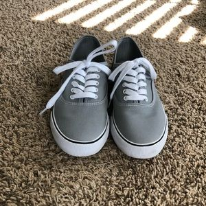 A New Day Gray Tennis Shows Sz 8 Like New
